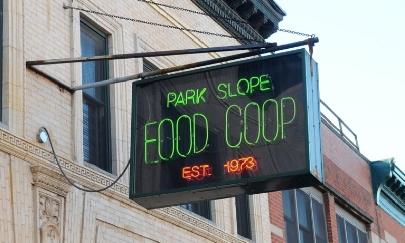 Neon sign for Park Slope Food Coop.